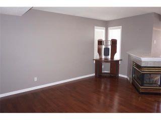Photo 7: 25 MARTIN CROSSING Green NE in Calgary: Martindale House for sale : MLS®# C4017520