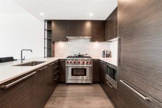 """Photo 10: 304 1819 W 5TH Avenue in Vancouver: Kitsilano Condo for sale in """"WEST FIVE"""" (Vancouver West)  : MLS®# R2605726"""