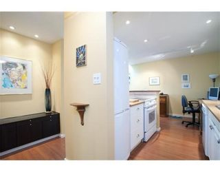 Photo 7: 319-206 East 15th Street in North Vancouver: Central Lonsdale Condo for sale : MLS®# V847510