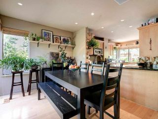 """Photo 5: 4787 DRIFTWOOD Place in Burnaby: Greentree Village Townhouse for sale in """"GreenTree Village"""" (Burnaby South)  : MLS®# R2576696"""