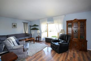 Photo 9: 24068 Dumaine Road in Ile Des Chenes: R05 Residential for sale : MLS®# 202124682