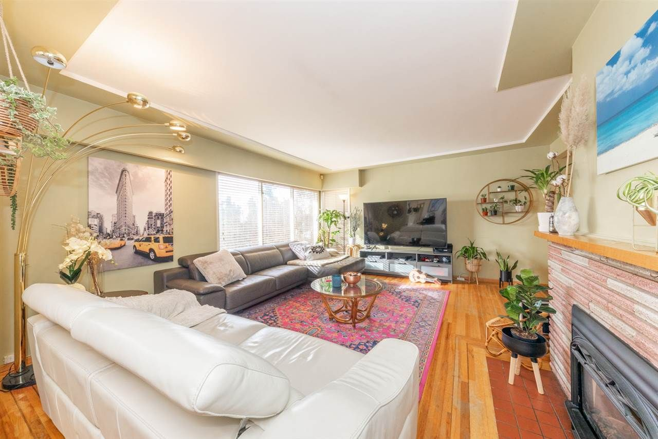 Main Photo: 5655 PATRICK Street in Burnaby: South Slope House for sale (Burnaby South)  : MLS®# R2539543