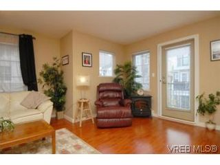 Photo 16: 104 842 Brock Ave in VICTORIA: La Langford Proper Row/Townhouse for sale (Langford)  : MLS®# 507331
