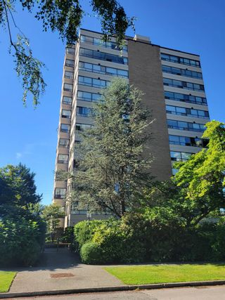"""Main Photo: 502 2150 W 40TH Avenue in Vancouver: Kerrisdale Condo for sale in """"THE WEDGEWOOD"""" (Vancouver West)  : MLS®# R2608338"""