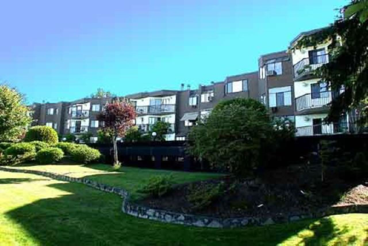 """Main Photo: 35 11900 228TH Street in Maple Ridge: East Central Condo for sale in """"Moonlite Grove"""" : MLS®# R2523375"""