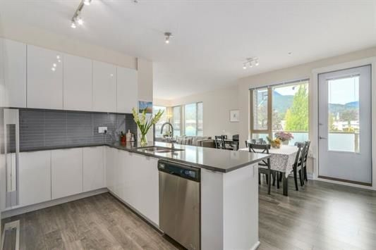 """Main Photo: 418 2665 MOUNTAIN Highway in North Vancouver: Lynn Valley Condo for sale in """"Canyon Springs"""" : MLS®# R2134939"""