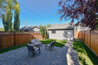 Photo 3: 2114 3rd Avenue NW in Calgary: West Hillhurst Detached for sale : MLS®# A1145089