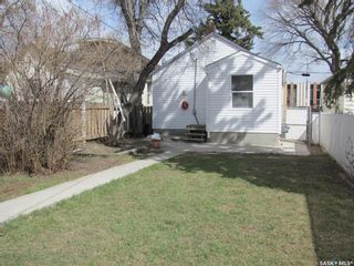Photo 4: 1123 Idylwyld Drive North in Saskatoon: Caswell Hill Residential for sale : MLS®# SK856548