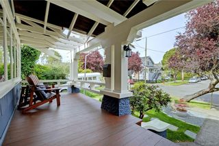 Photo 2: 235 Howe St in : Vi Fairfield West House for sale (Victoria)  : MLS®# 796825