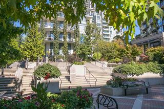 """Photo 18: 512 135 W 2ND Street in North Vancouver: Lower Lonsdale Condo for sale in """"CAPSTONE"""" : MLS®# R2212509"""