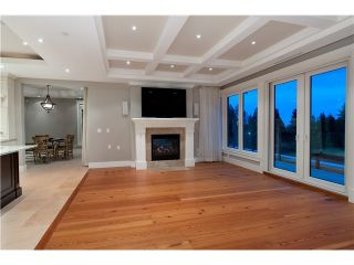 Photo 9: 1479 CHIPPENDALE RD in West Vancouver: Canterbury WV House for sale : MLS®# V1016218