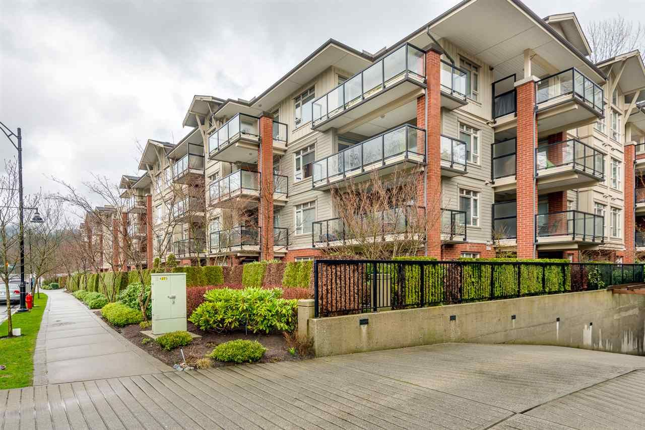 Main Photo: 102 100 CAPILANO ROAD in Port Moody: Port Moody Centre Condo for sale : MLS®# R2041722