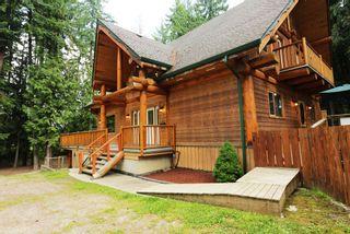 Photo 2: 1039 Scotch Creek Wharf Road: Scotch Creek House for sale (Shuswap Lake)  : MLS®# 10217712