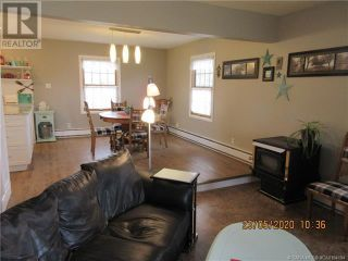 Photo 4: 202 5 Avenue NE in Three Hills: House for sale : MLS®# A1108239