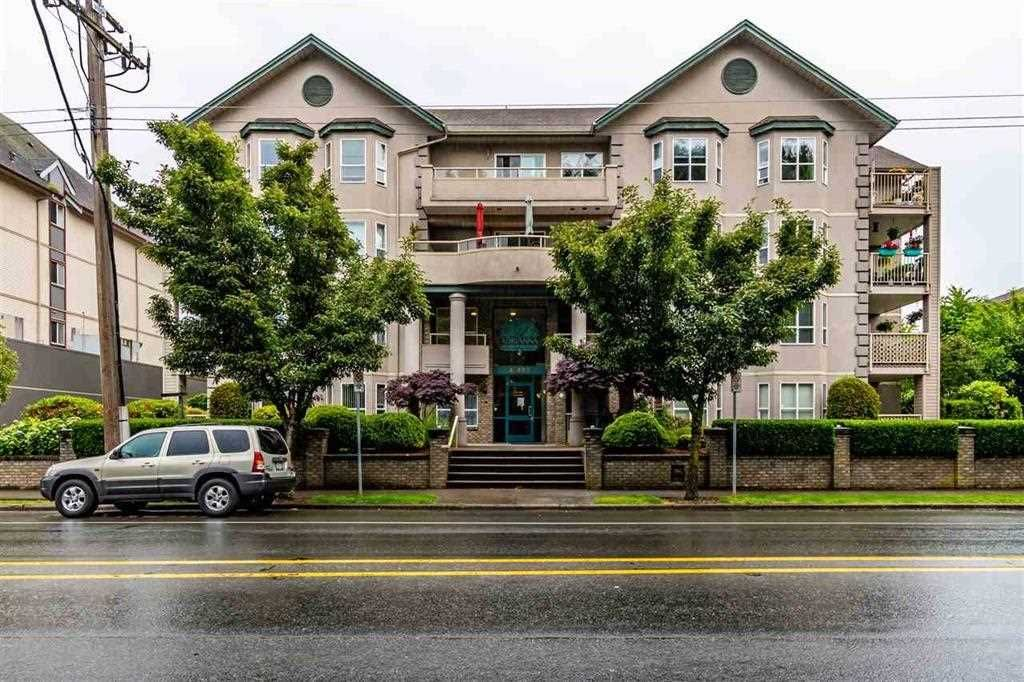 """Main Photo: 405 46693 YALE Road in Chilliwack: Chilliwack E Young-Yale Condo for sale in """"THE ADRIANNA"""" : MLS®# R2589827"""