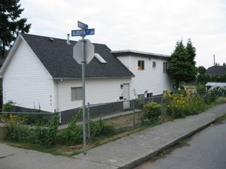 Photo 2: 332 334 ALBERTA STREET in NEW WESTMINSTER: Home for sale