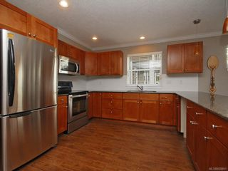 Photo 12: 3331 Merlin Rd in Langford: La Luxton House for sale : MLS®# 608861