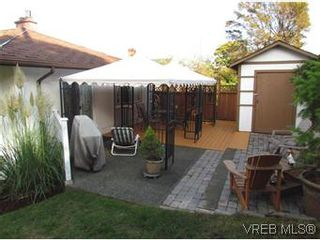 Photo 11: 2205 Victor Street in VICTORIA: Vi Fernwood Residential for sale (Victoria)  : MLS®# 300654