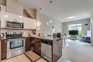 Photo 3: 410 13789 107A Avenue in Surrey: Whalley Condo for sale (North Surrey)  : MLS®# R2578816