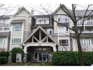 Photo 1: 113 365 E 1ST Street in North Vancouver: Lower Lonsdale Condo for sale : MLS®# V937776