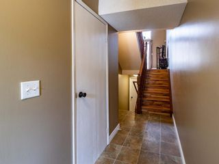 Photo 2: 20 23 Glamis Drive SW in Calgary: Glamorgan Row/Townhouse for sale : MLS®# A1108158
