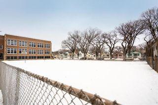 Photo 32: 107 Cobourg Avenue in Winnipeg: Glenelm Residential for sale (3C)  : MLS®# 202003709