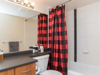 """Photo 13: 2410 3663 CROWLEY Drive in Vancouver: Collingwood VE Condo for sale in """"LATITUTDE"""" (Vancouver East)  : MLS®# R2140003"""