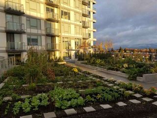 """Photo 18: 1005 5470 ORMIDALE Street in Vancouver: Collingwood VE Condo for sale in """"Wall Centre Central Park"""" (Vancouver East)  : MLS®# R2426749"""