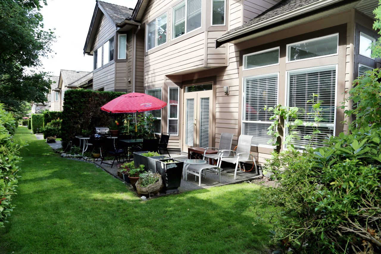 """Photo 19: Photos: 103 15350 SEQUOIA Drive in Surrey: Fleetwood Tynehead Townhouse for sale in """"The Village at Sequoia Ridge"""" : MLS®# R2286271"""