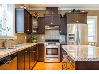 """Photo 8: 7904 211B Street in Langley: Willoughby Heights House for sale in """"Yorkson"""" : MLS®# R2393290"""