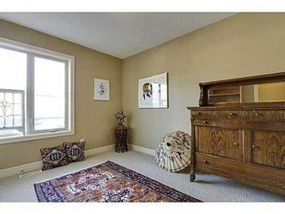 Photo 12: 202 34 Avenue SW in Calgary: 2 and Half Storey for sale : MLS®# C3554793