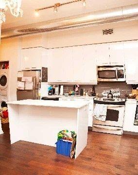 Photo 8: 510 King St E Unit #317 in Toronto: Moss Park Condo for sale (Toronto C08)  : MLS®# C4089834