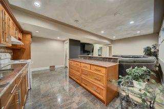 Photo 38: 16808 73 Street in Edmonton: Zone 28 House for sale : MLS®# E4210414