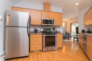 Photo 13: 102 951 Goldstream Ave in : La Langford Proper Row/Townhouse for sale (Langford)  : MLS®# 886212