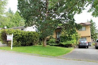 Photo 2: 14016 102A Avenue in Surrey: Whalley House for sale (North Surrey)  : MLS®# R2464596