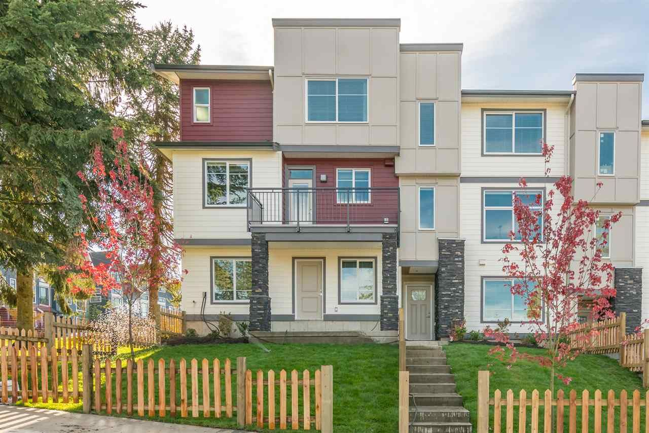 "Main Photo: 7 15633 MOUNTAIN VIEW Drive in Surrey: Grandview Surrey Townhouse for sale in ""Imperial"" (South Surrey White Rock)  : MLS®# R2224590"