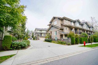 Photo 3: 16 20967 76 Avenue in Langley: Willoughby Heights Townhouse for sale : MLS®# R2507748