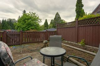 "Photo 13: 4299 BRIDGEWATER Crescent in Burnaby: Cariboo Townhouse for sale in ""Village Del Ponte"" (Burnaby North)  : MLS®# R2380680"