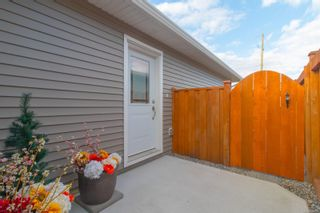 Photo 3: 49 7586 Tetayut Rd in : CS Hawthorne Manufactured Home for sale (Central Saanich)  : MLS®# 886131