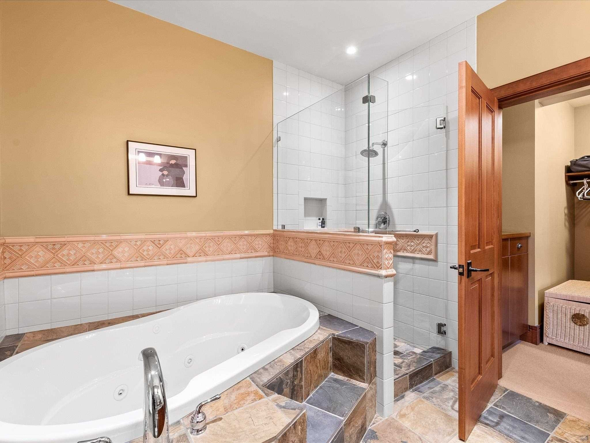 Photo 13: Photos: 4 2500 TALUSWOOD PLACE in Whistler: Nordic Townhouse for sale : MLS®# R2593995
