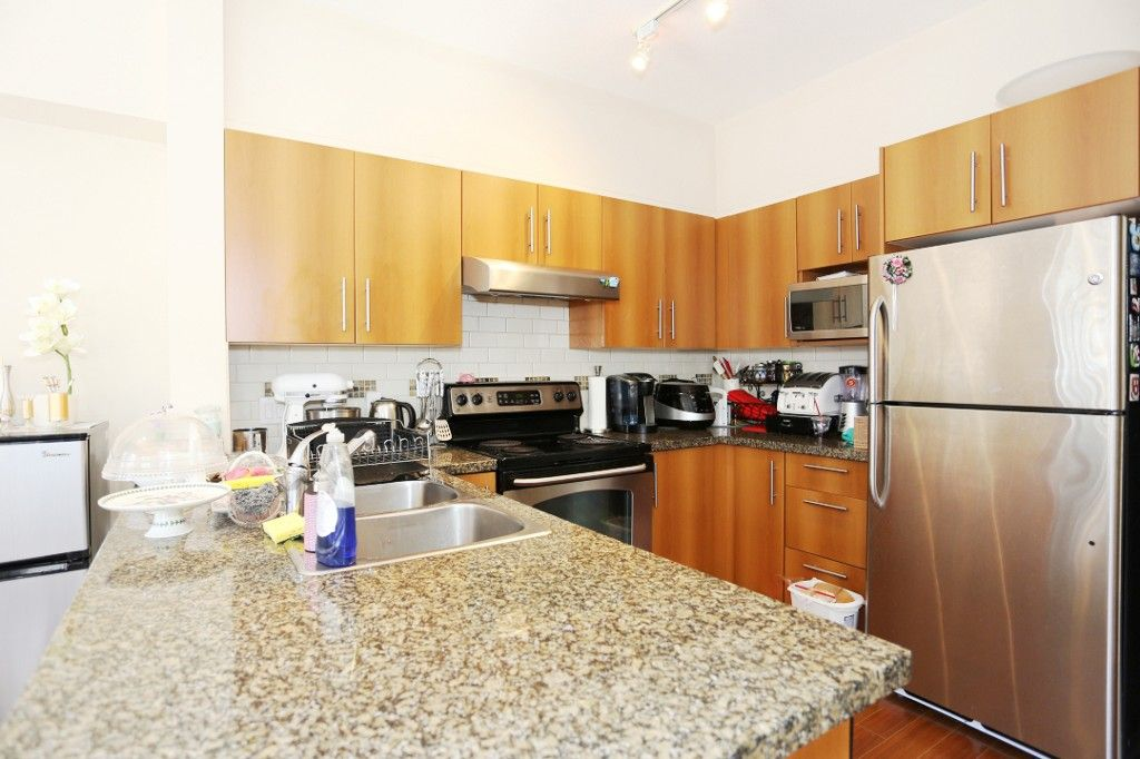 """Photo 4: Photos: 82 8089 209 Street in Langley: Willoughby Heights Townhouse for sale in """"Arborel Park"""" : MLS®# R2067787"""