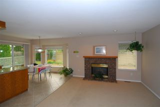 Photo 2: 16179 8A AVENUE in Surrey: King George Corridor House for sale (South Surrey White Rock)  : MLS®# R2202083