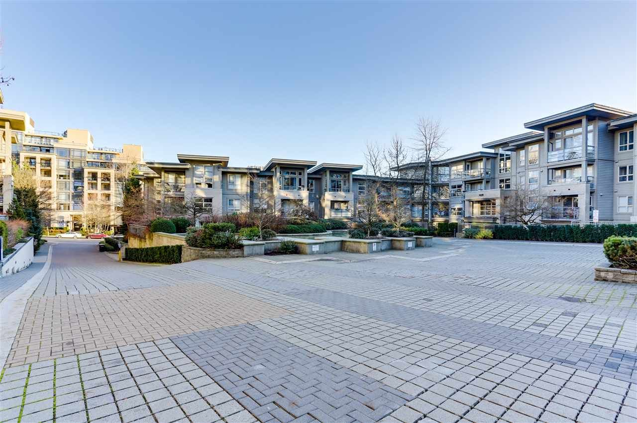 Main Photo: 417 9339 UNIVERSITY Crescent in Burnaby: Simon Fraser Univer. Condo for sale (Burnaby North)  : MLS®# R2522155