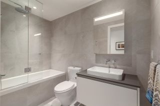"""Photo 7: 305 717 W 17TH Avenue in Vancouver: Cambie Condo for sale in """"Heather & 17th"""" (Vancouver West)  : MLS®# R2581500"""