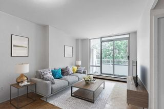 Photo 2: 209 335 Lonsdale Road in Toronto: Forest Hill South Condo for sale (Toronto C03)  : MLS®# C5374107