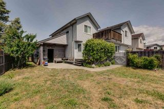 Photo 16: 1021 BROTHERS Place in Squamish: Northyards 1/2 Duplex for sale : MLS®# R2274720