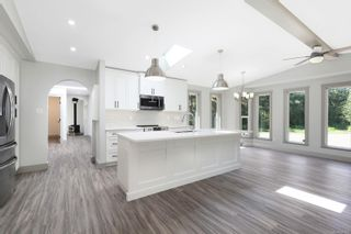 Photo 6: 2144 Anderton Rd in : CV Comox Peninsula House for sale (Comox Valley)  : MLS®# 854476