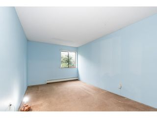 """Photo 14: 105 10644 151A Street in Surrey: Guildford Condo for sale in """"LINCOLN'S HILL"""" (North Surrey)  : MLS®# R2431314"""
