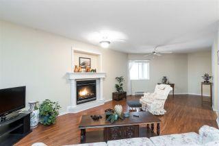 "Photo 6: 202 15018 THRIFT Avenue: White Rock Condo for sale in ""ORCA VISTA"" (South Surrey White Rock)  : MLS®# R2551510"