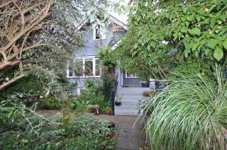 """Photo 1: 1607 E 14TH Avenue in Vancouver: Grandview VE House for sale in """"GRANDVIEW WOODLAND"""" (Vancouver East)  : MLS®# R2311671"""